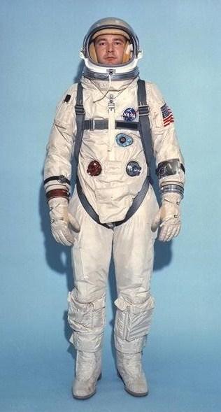 The 10 Coolest Space Suit Designs Kuriositas
