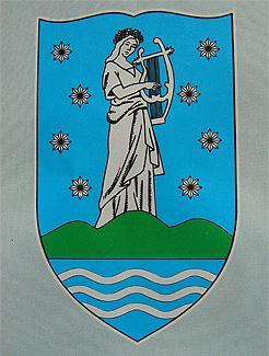 Leányfalu címere