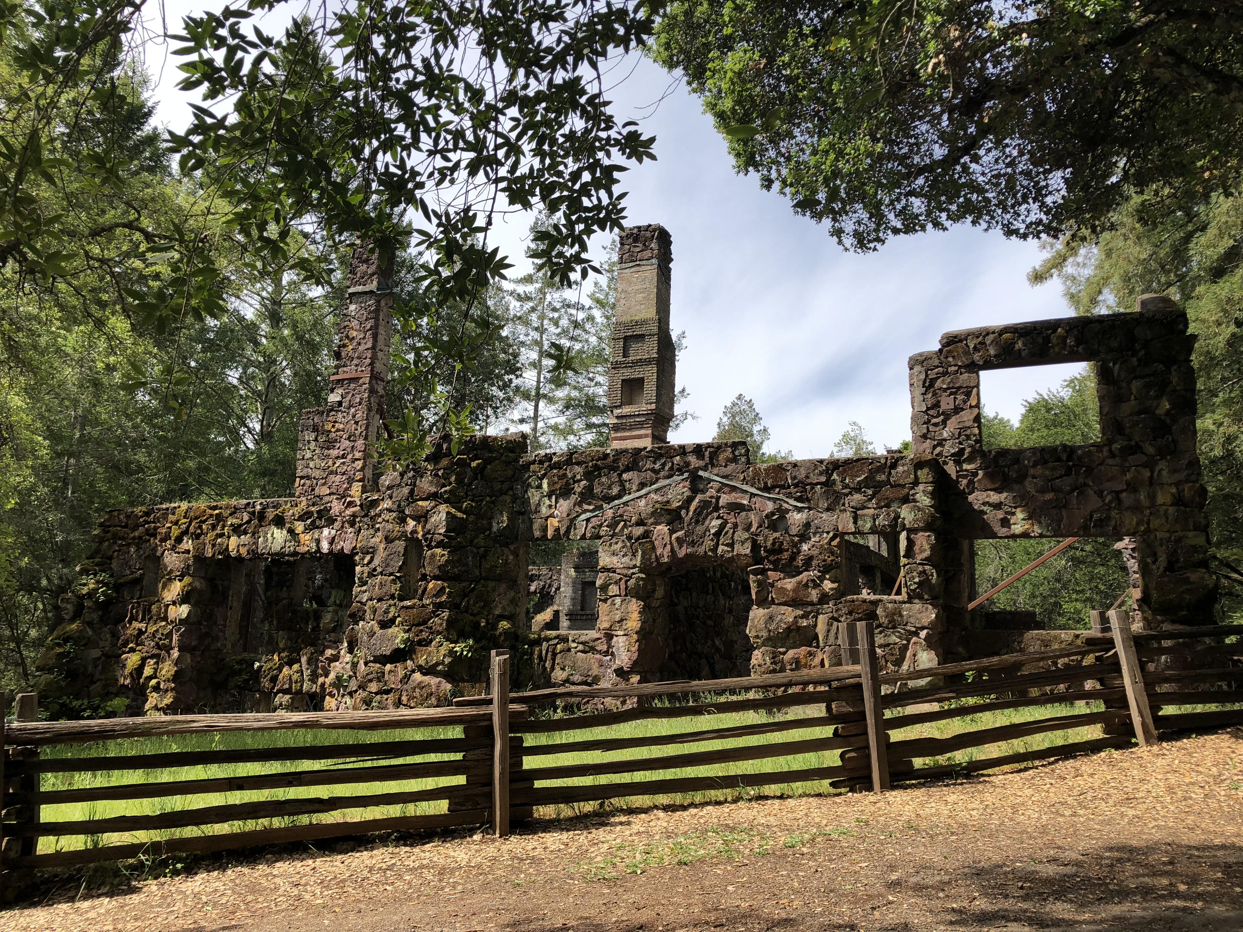 Wolf House - Wikipedia