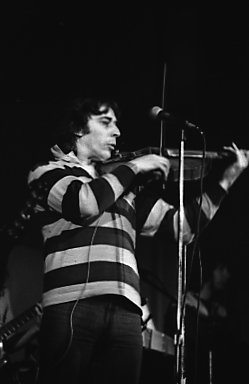 John Cale performing in 1977