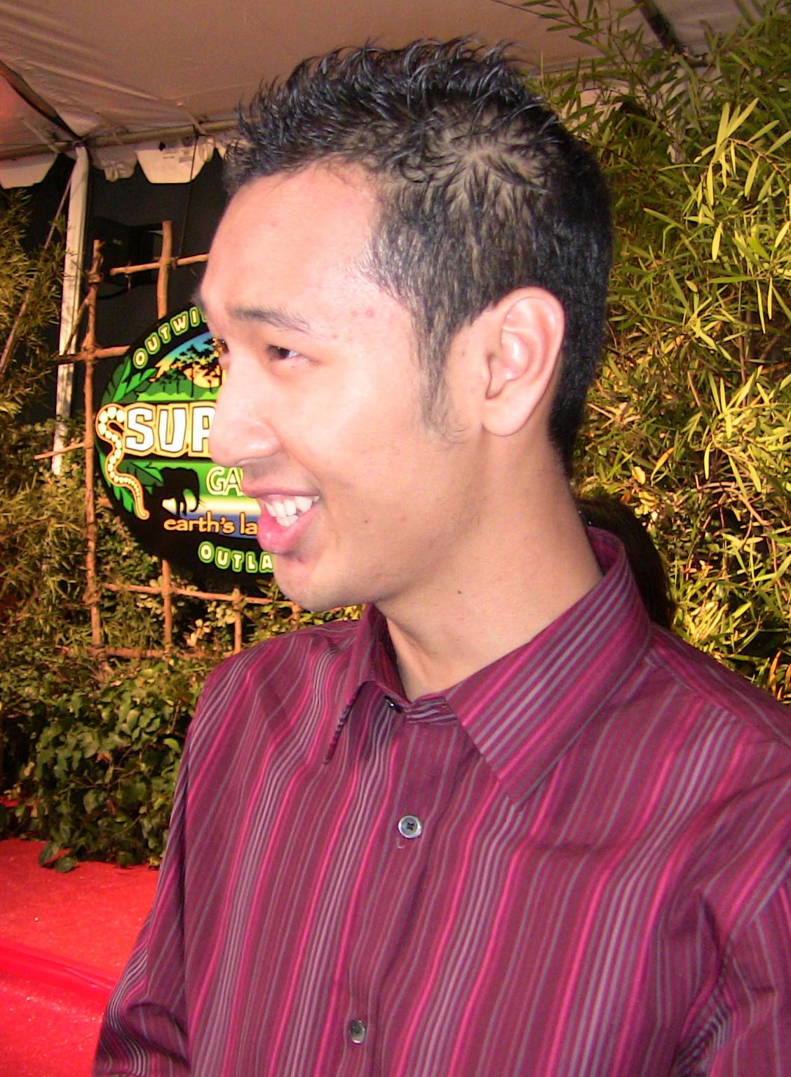 Ken Hoang - Wikipedia