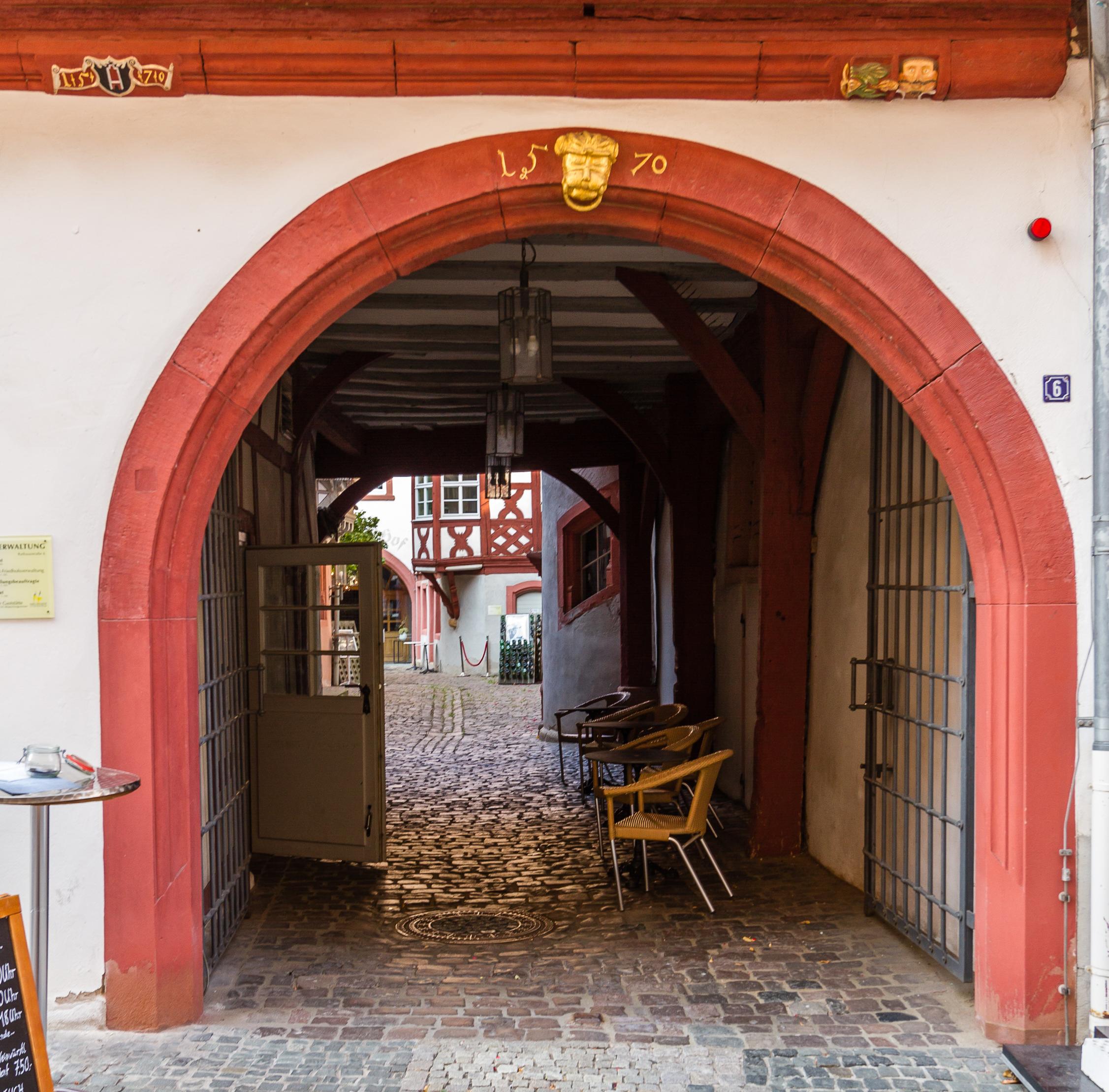 File:Kulturdenkmaeler Neustadt Rathausstraße 06 003 2016 09 14.jpg ...