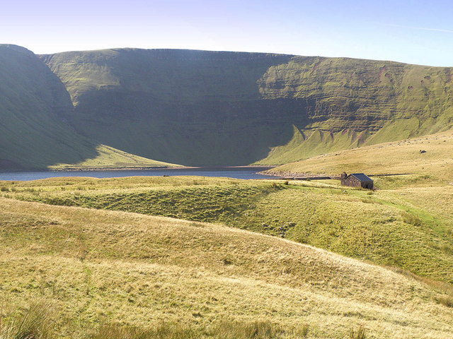 Llyn y Fan Fach - geograph.org.uk - 981346