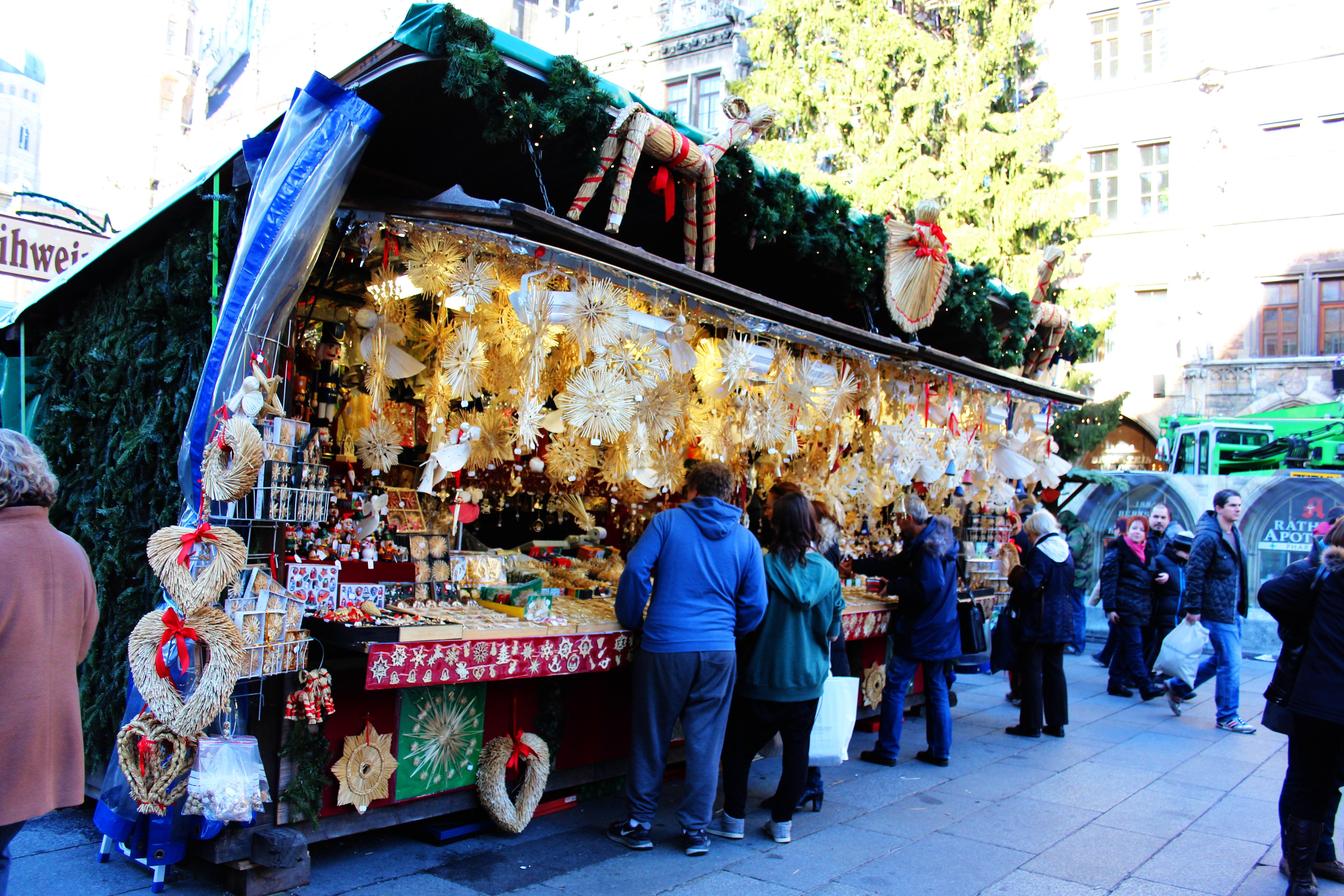 Marienplatz Weihnachtsmarkt.File München Marienplatz Weihnachtsmarkt 2013 Jpg Wikimedia Commons