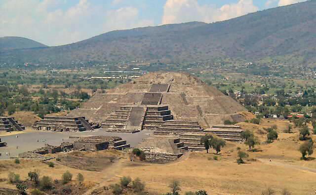 Pyramide De La Lune  U2014 Wikip U00e9dia