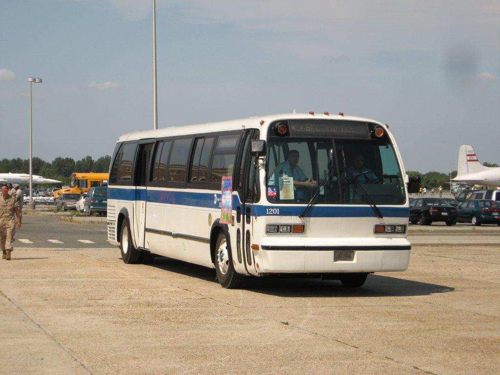 File Nyc Transit Gmc Rts 1201 Jpg Wikimedia Commons