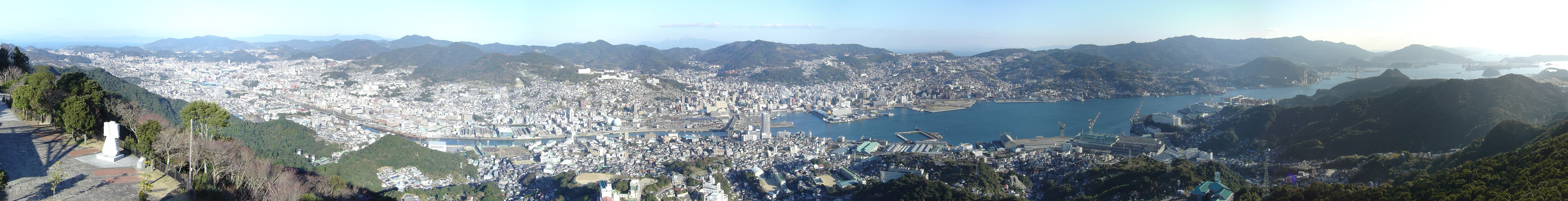 Nagasaki_vue_du_Mont_Inasa.jpg (7890×1012)