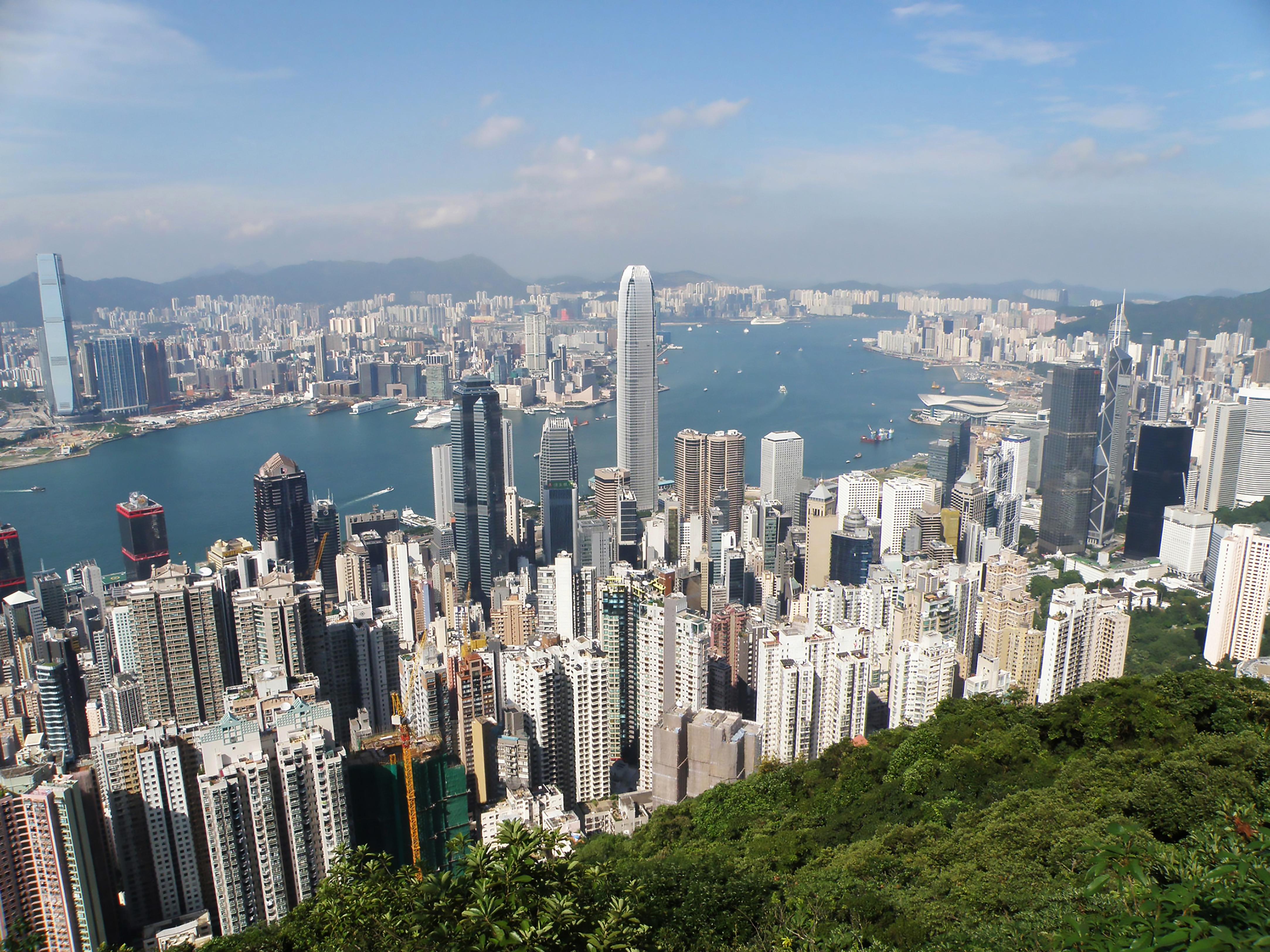 hong kong population 2019 demographics maps graphs