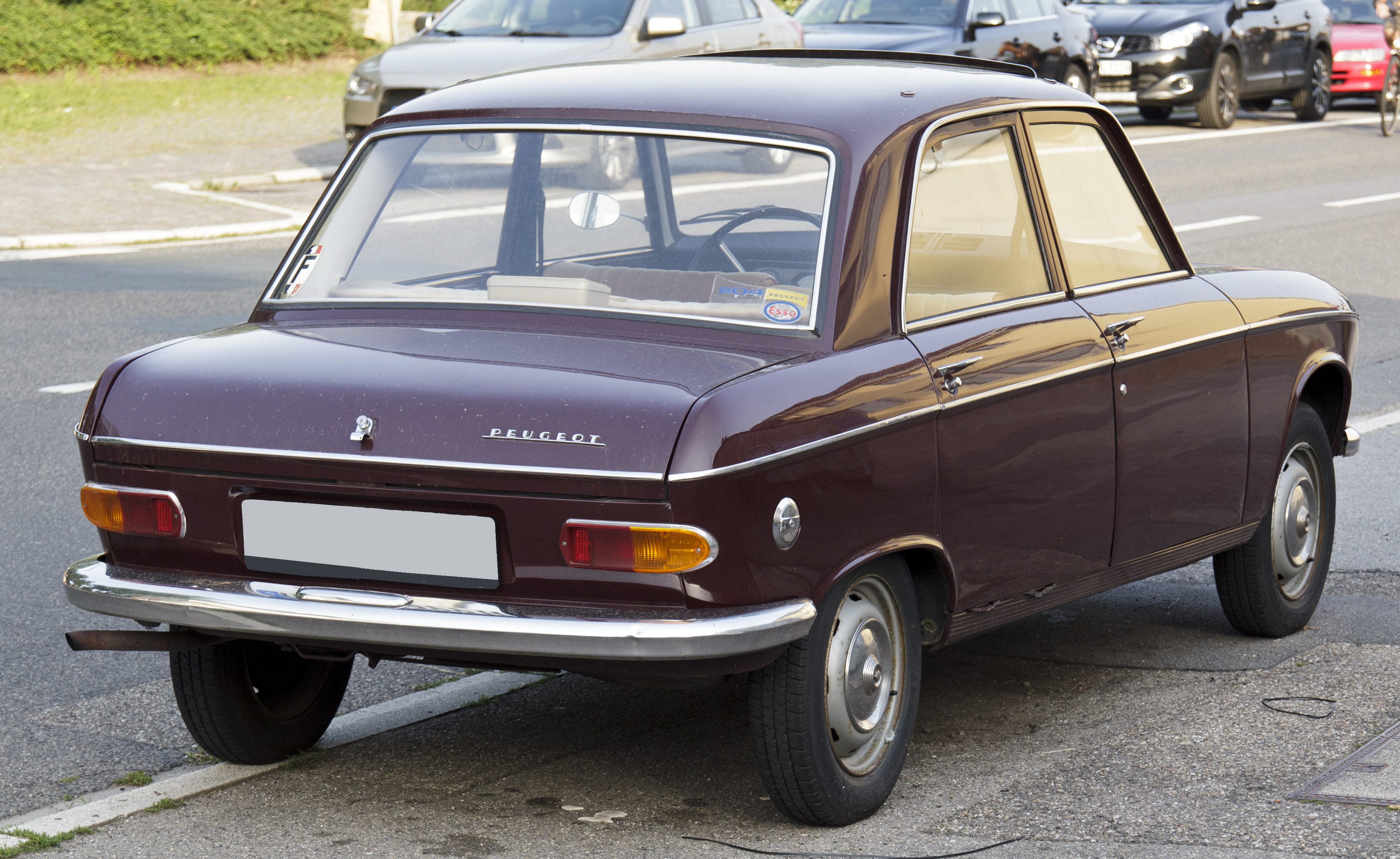 File:Peugeot 204 rear 20120630.jpg