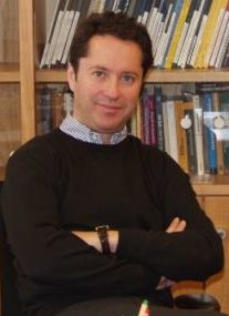 Prof Cirac office klein (cropped).jpg