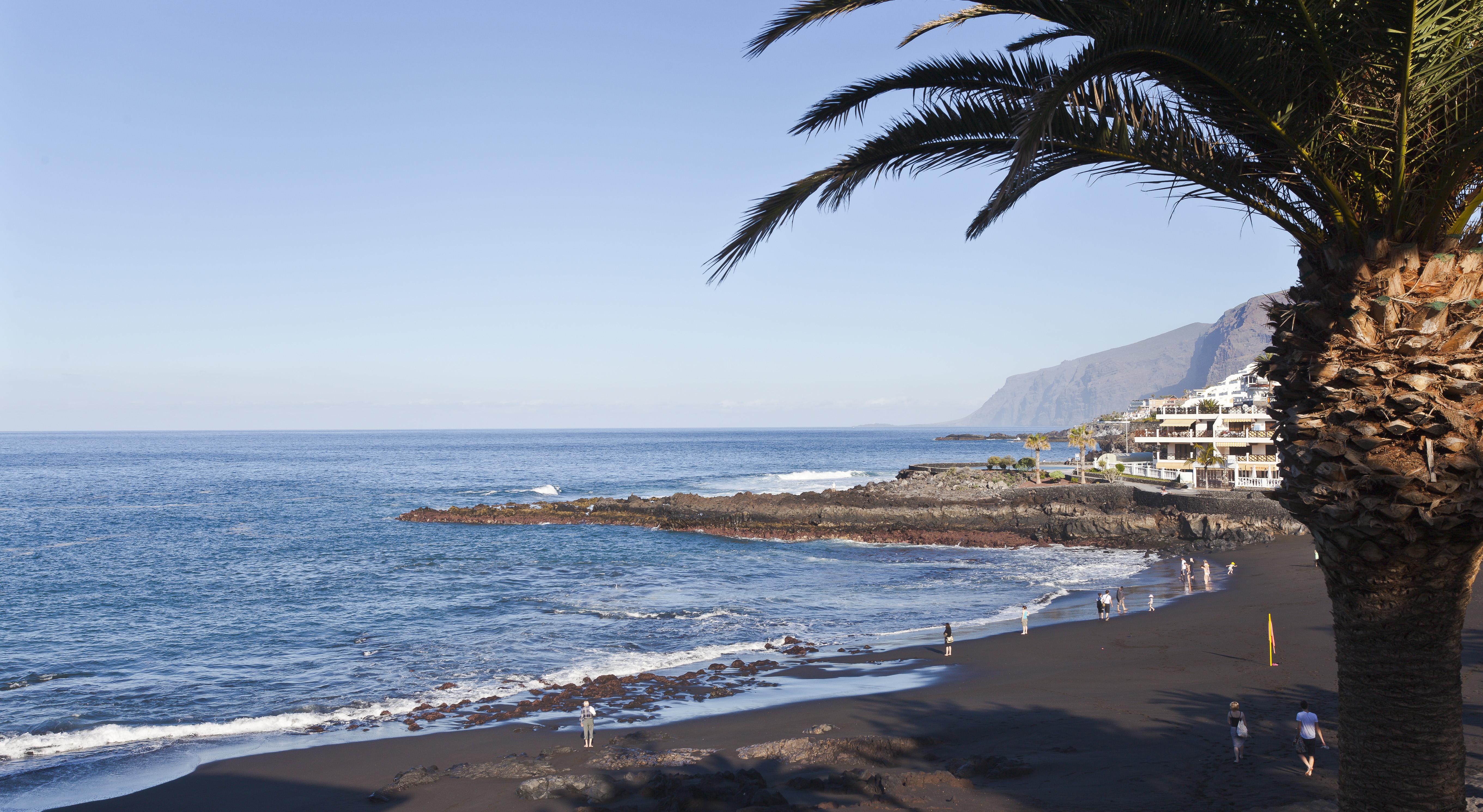 File puerto de santiago tenerife espa a 2012 12 16 dd wikimedia commons - Puerto santiago tenerife mapa ...