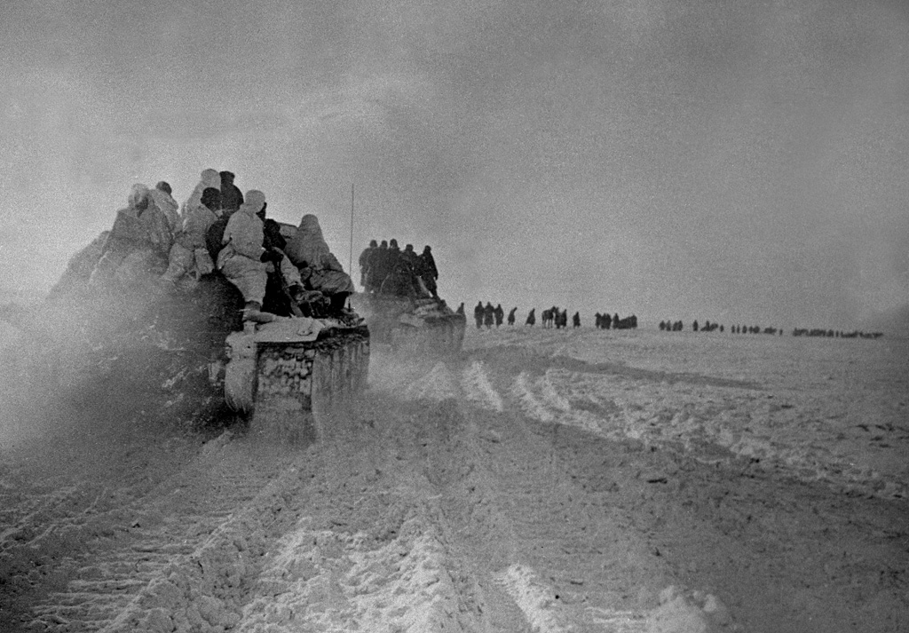 Soviet troops advance in the area of Boguchar