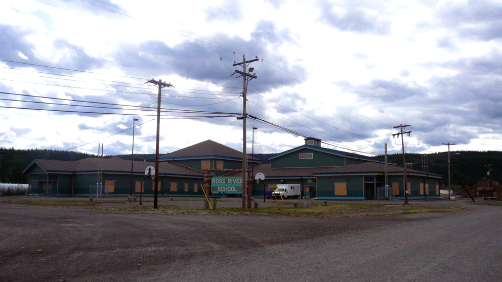 http://upload.wikimedia.org/wikipedia/commons/a/a2/Ross-river%3Dyukon_school.jpg