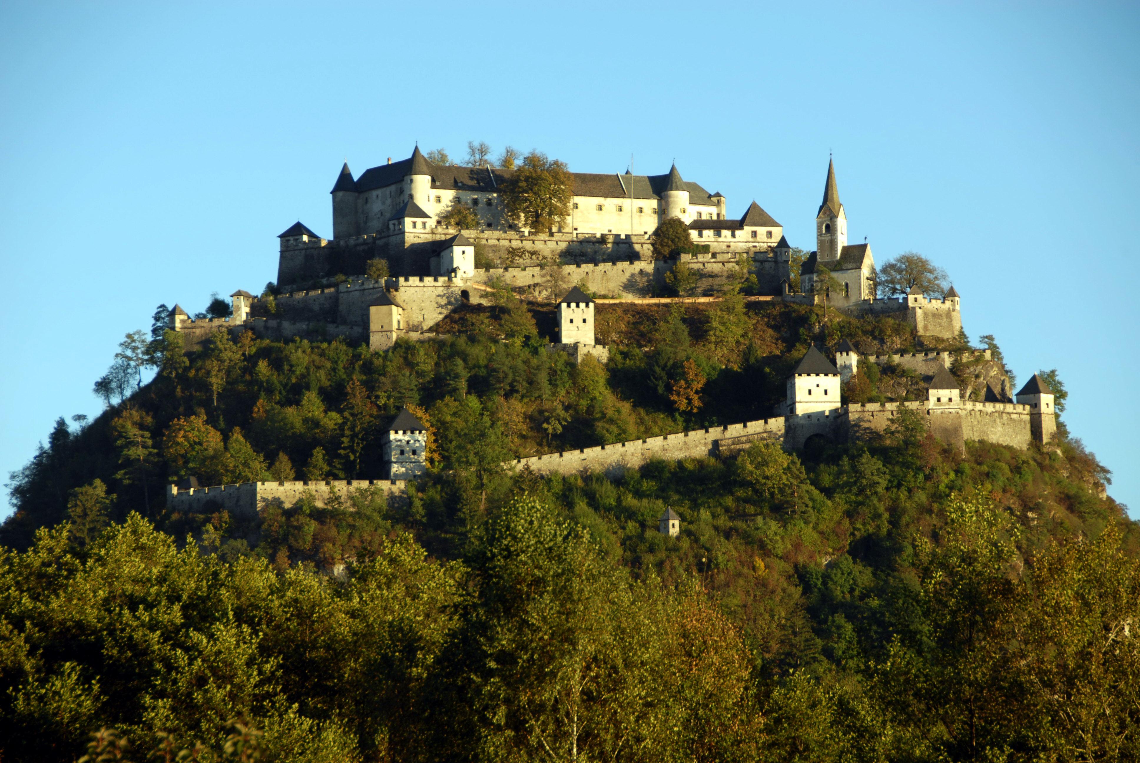 Datei:Sankt Georgen am Lngsee Hochosterwitz - Wikipedia
