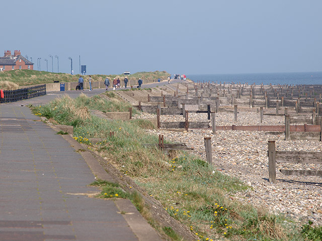Seafront at Redcar - geograph.org.uk - 795364