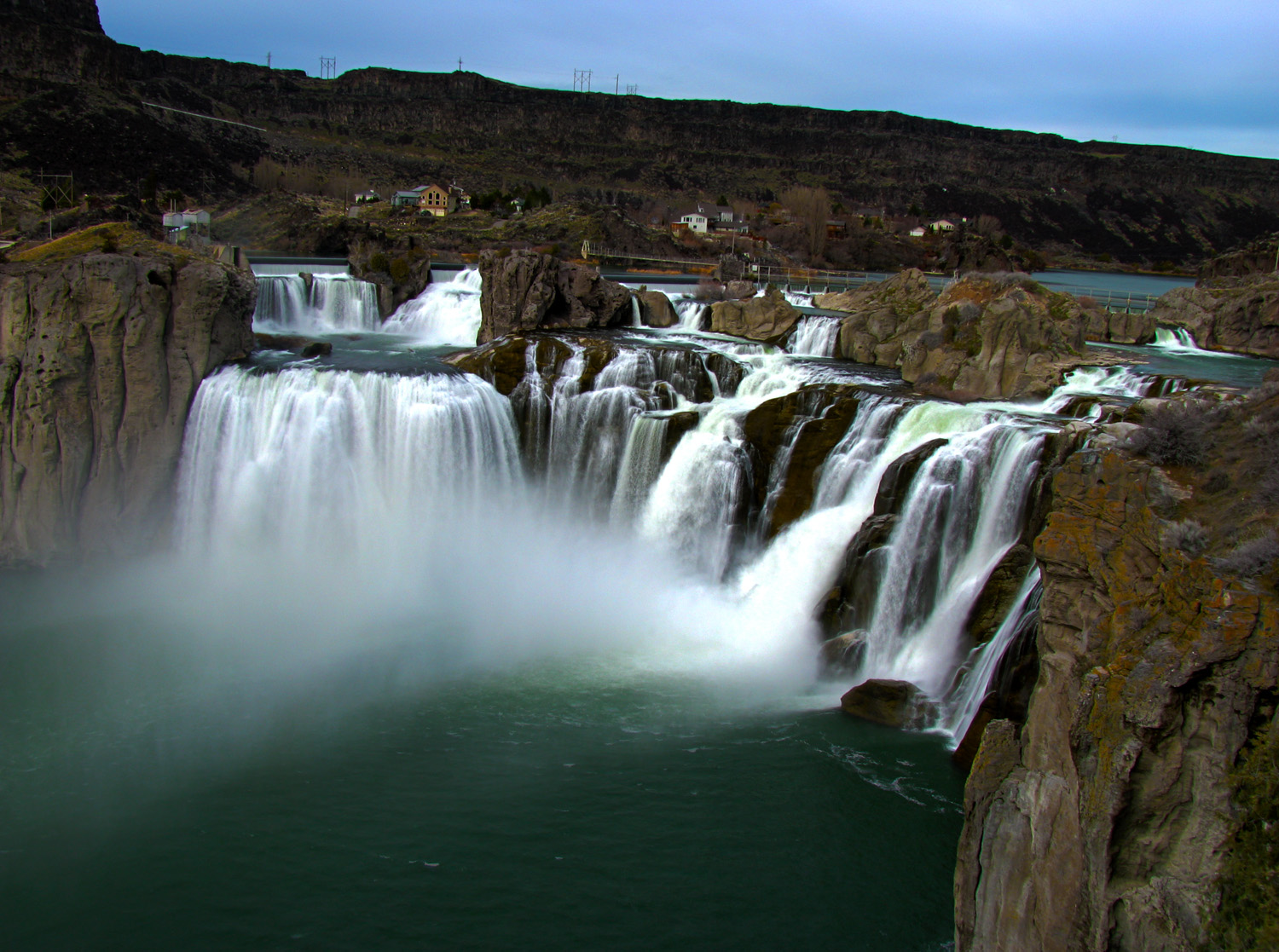 Description shoshone falls
