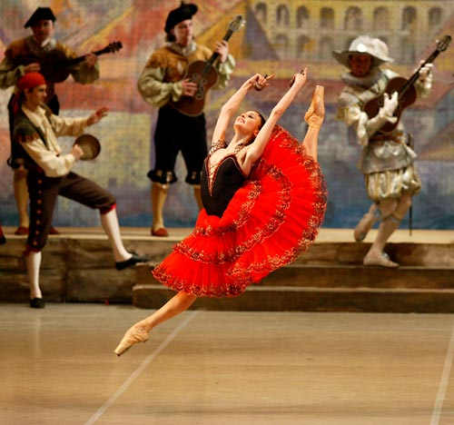 Svetlana Zakharova in Kitri Variation with the Bolshoi Ballet.jpg