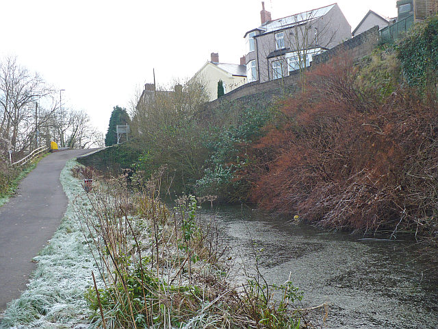 The end of the canal - geograph.org.uk - 731179