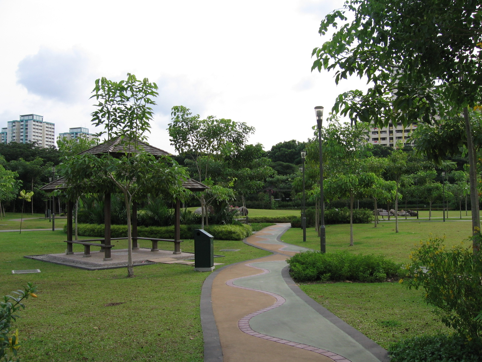 File toa payoh town park 11 aug 06 jpg wikimedia commons for Park towne