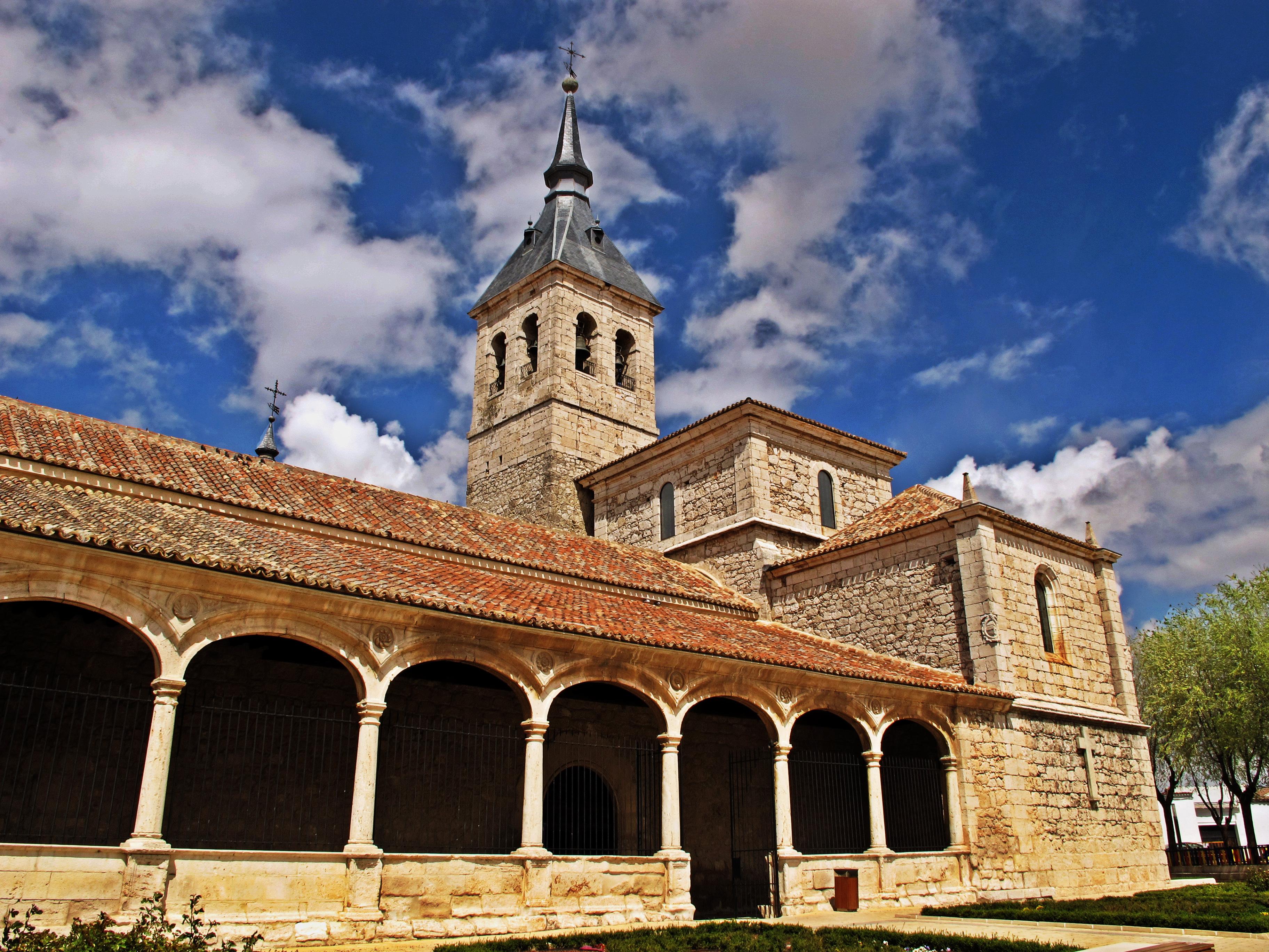 File torres de la alameda mini hdr iglesia de la - Piscina torres de la alameda ...