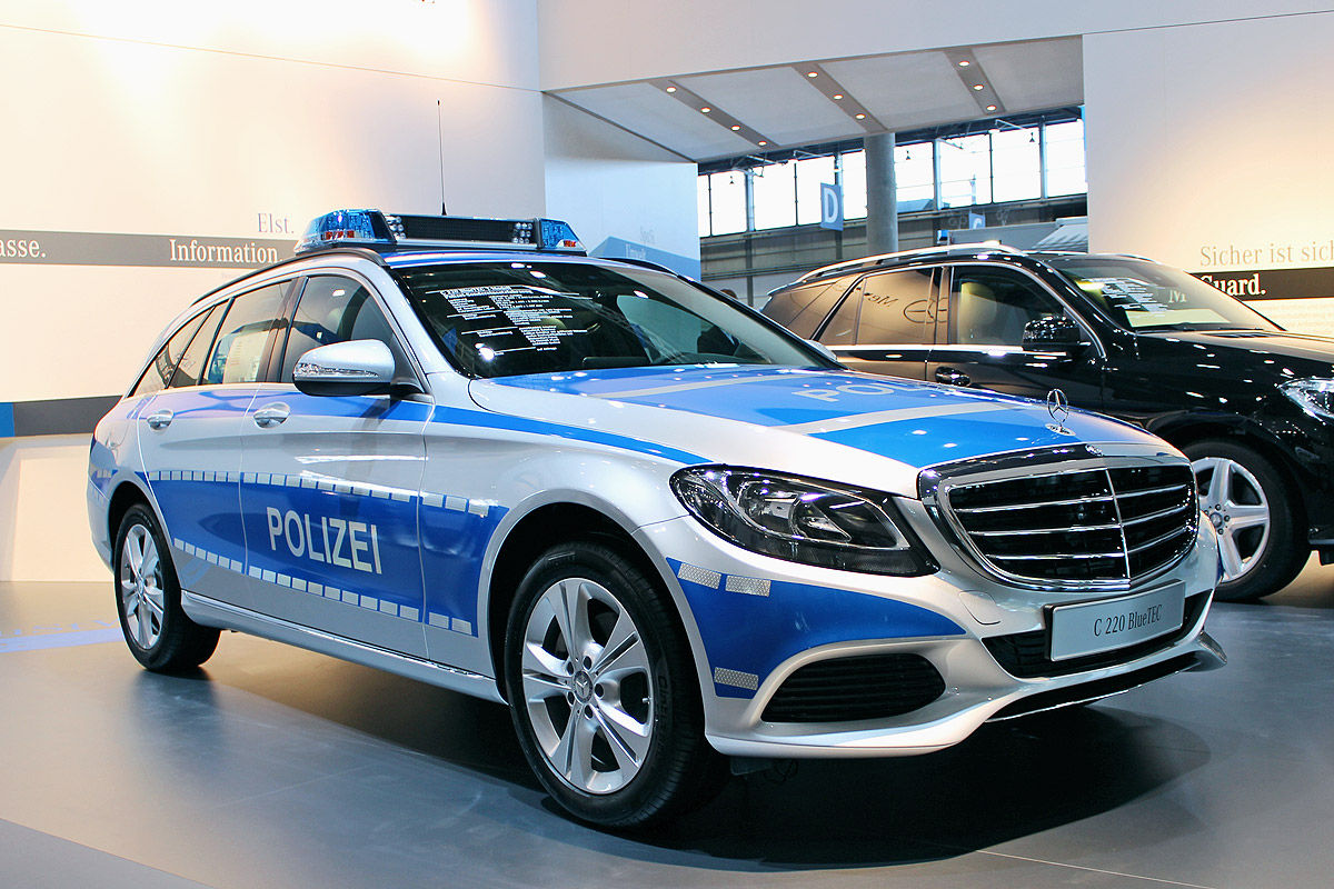 File:Typical German police car.jpg - Wikimedia Commons