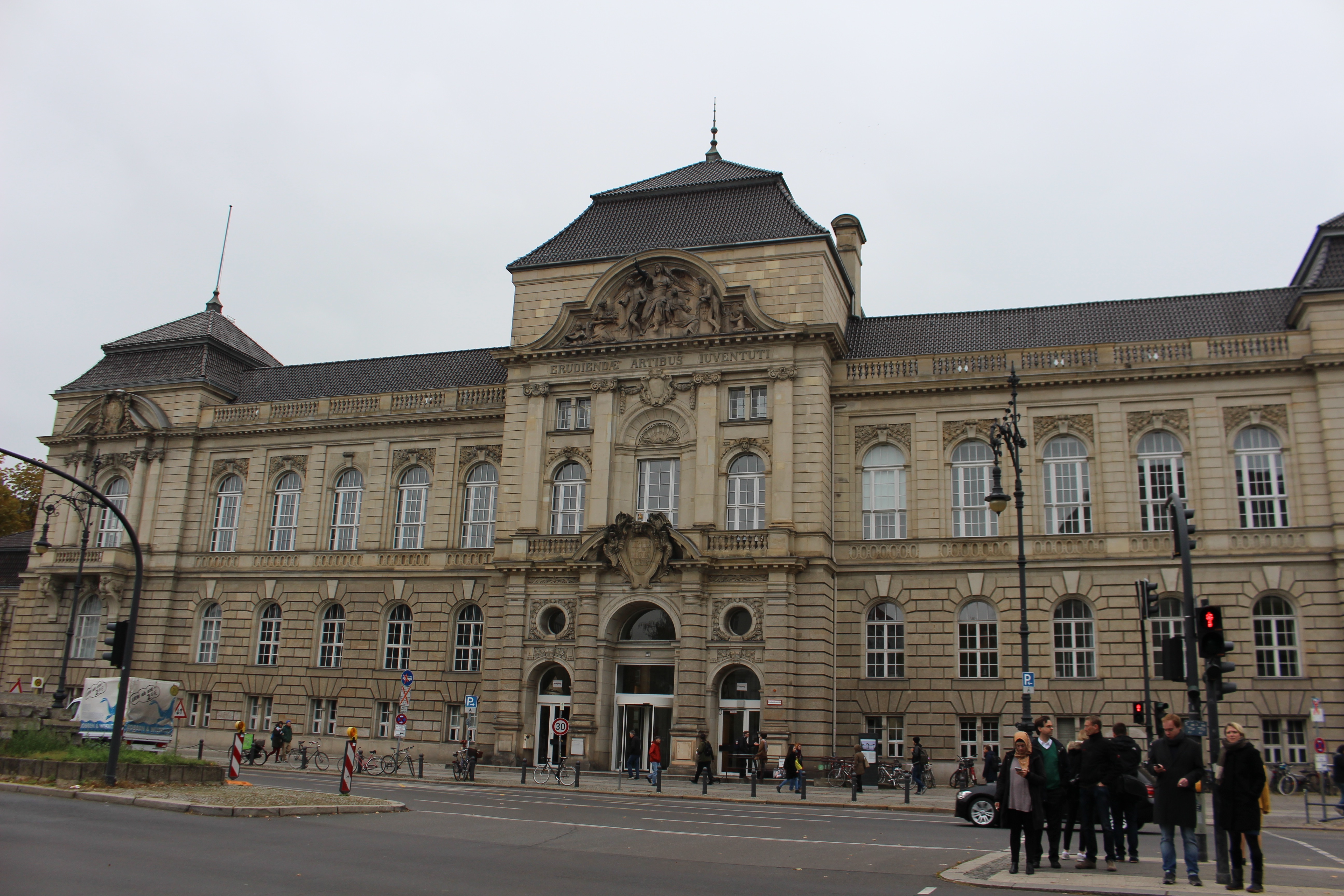 Universitat Der Kunste