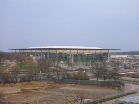 Datei:Volkswagen Arena Wolfsburg.jpg