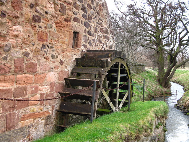 Waterwheel, Preston Mill, East Linton - geograph.org.uk - 353185