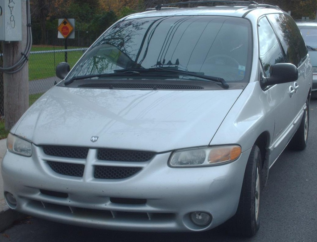 File:'99-'00 Dodge Grand Caravan Sport.JPG - Wikimedia Commons