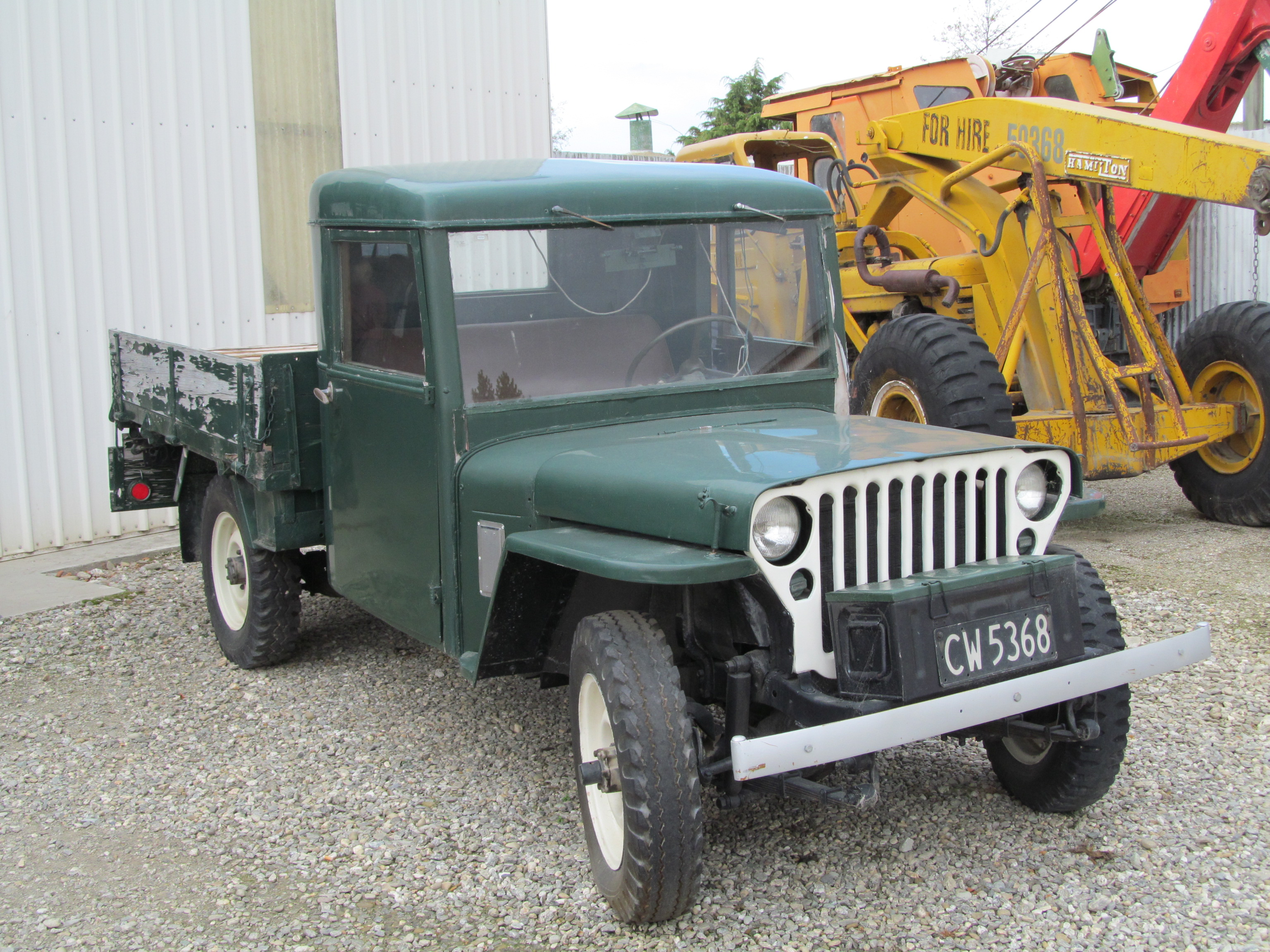 1944_Jeep_farm_hack_in_New_Zealand_%2814