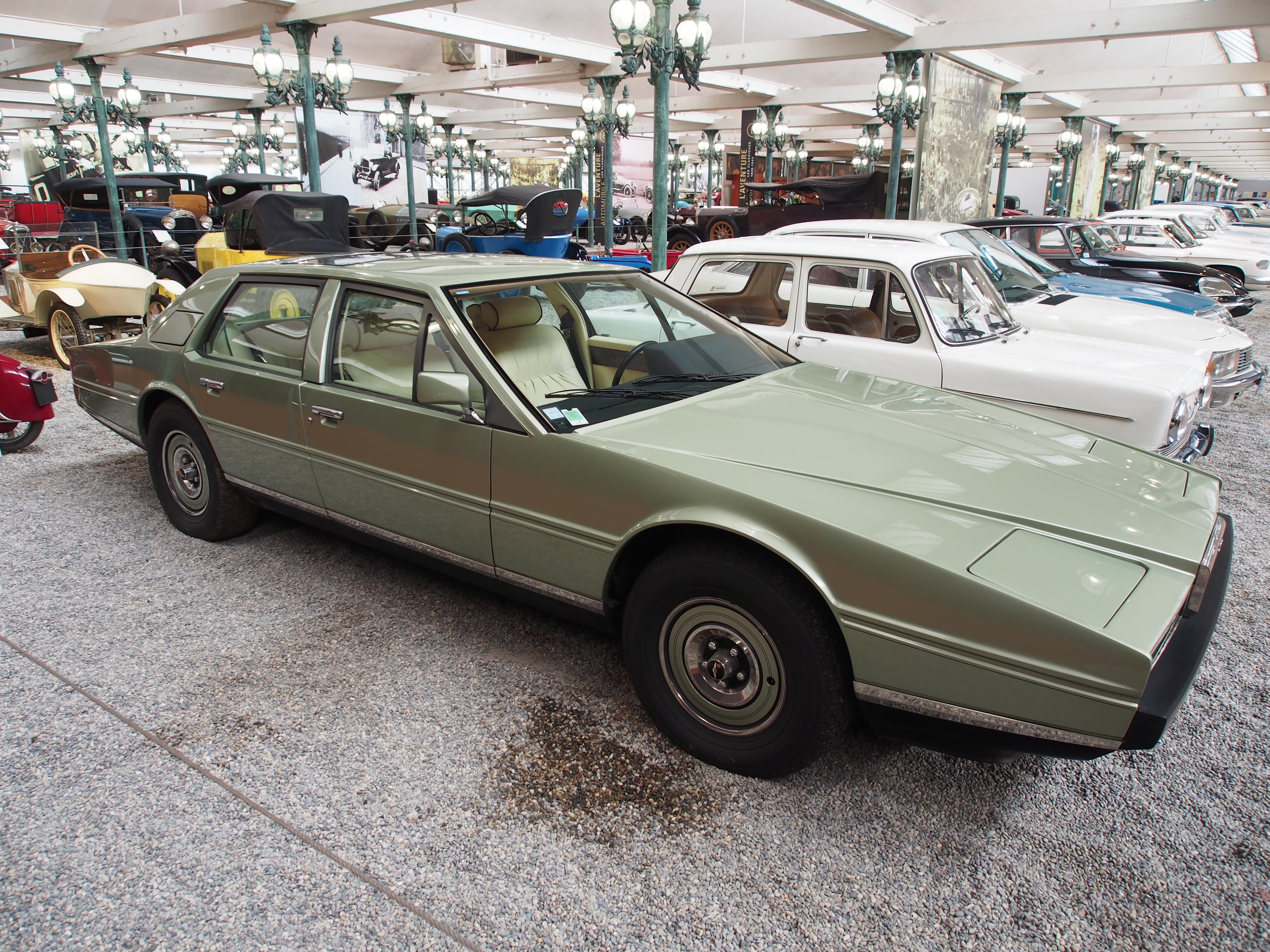 File 1982 Aston Martin Lagonda Series 2 V8 5340cm3 309hp 225kmh Pic3 Jpg Wikimedia Commons