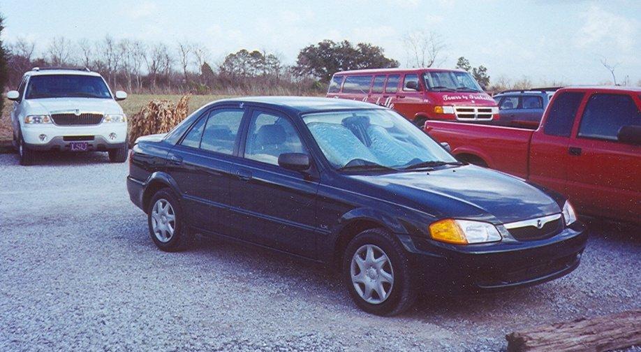 File:2000 Mazda Protegé LX, Louisiana
