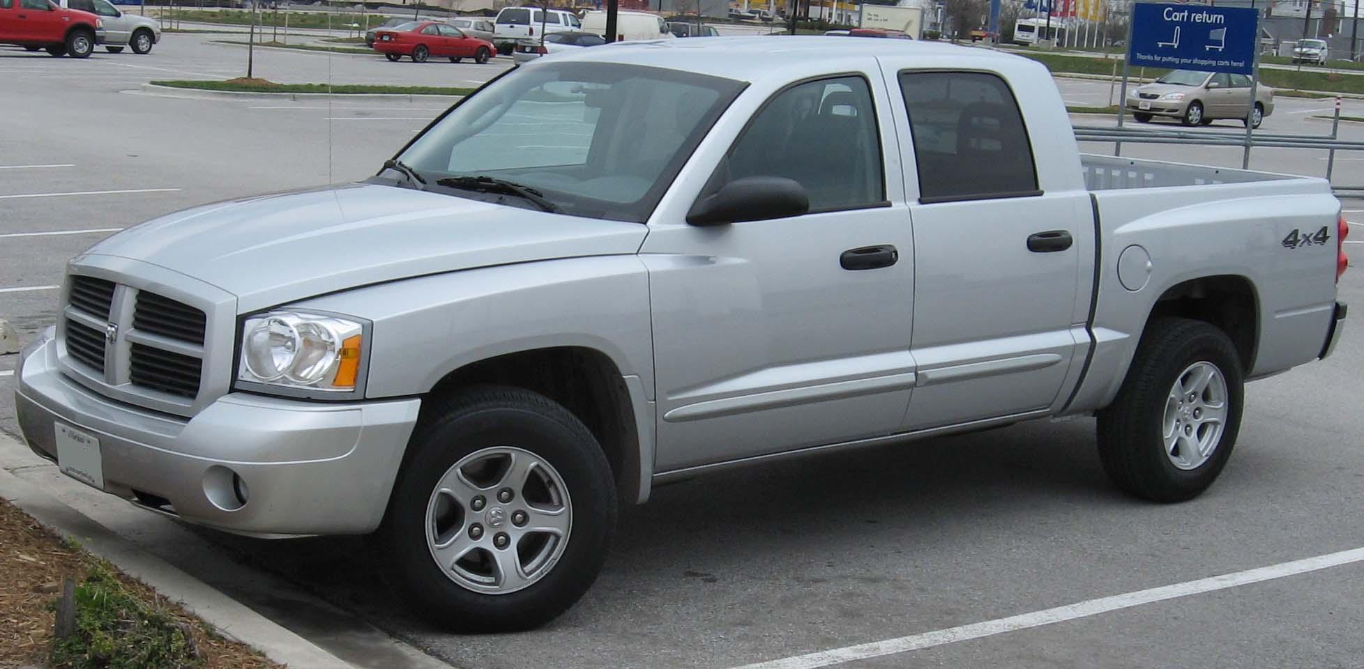 2005 dakota