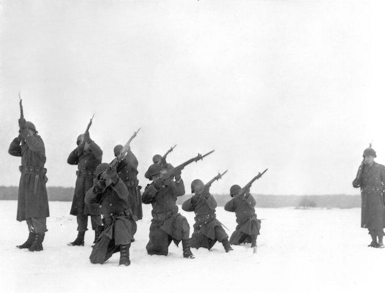 9th Armored Engineer Battalion Bastogne memorial service2.jpg