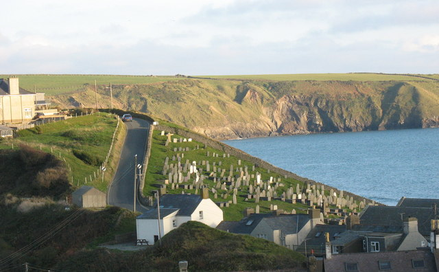 A resting place above the sea - geograph.org.uk - 603953