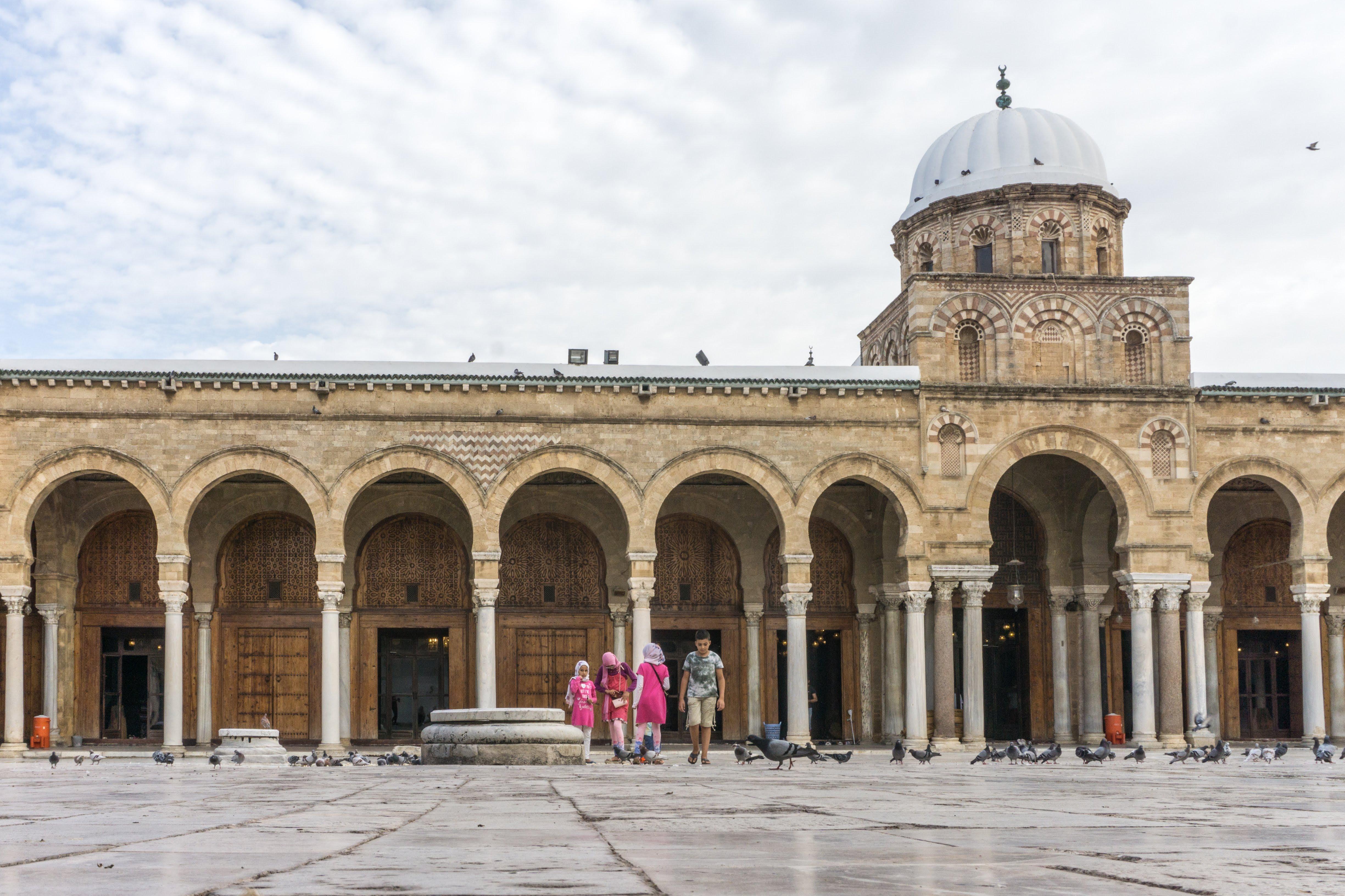 File Al Zaytuna Mosque People Jpg Wikimedia Commons