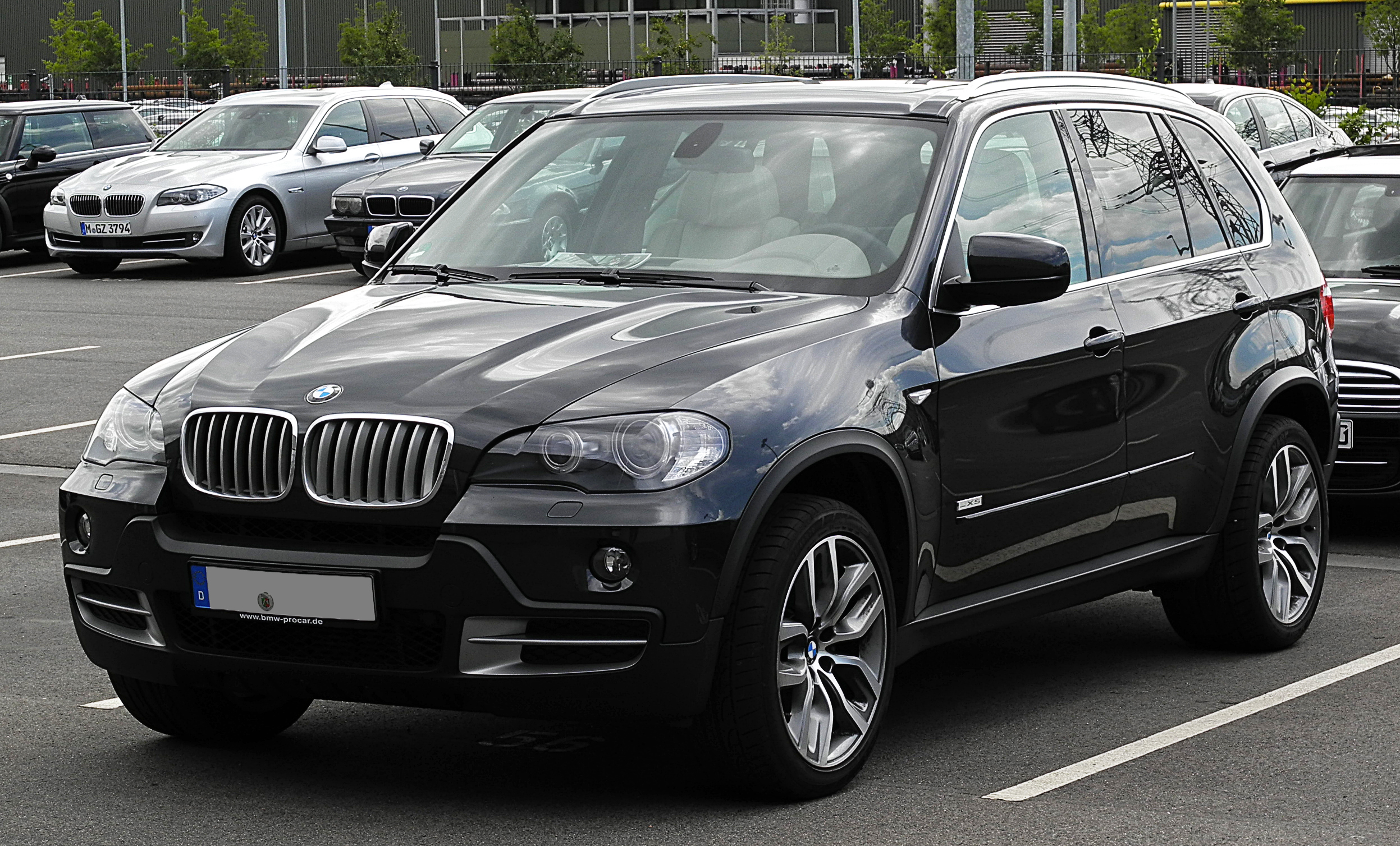 file bmw x5 edition 10 jahre x5 e70 frontansicht 17 juli 2011 d wikimedia. Black Bedroom Furniture Sets. Home Design Ideas
