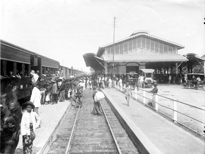 Station Purwosari - Wikipedia