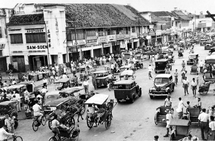 COLLECTIE TROPENMUSEUM Gunung Sari straat te Djakarta TMnr 10014950