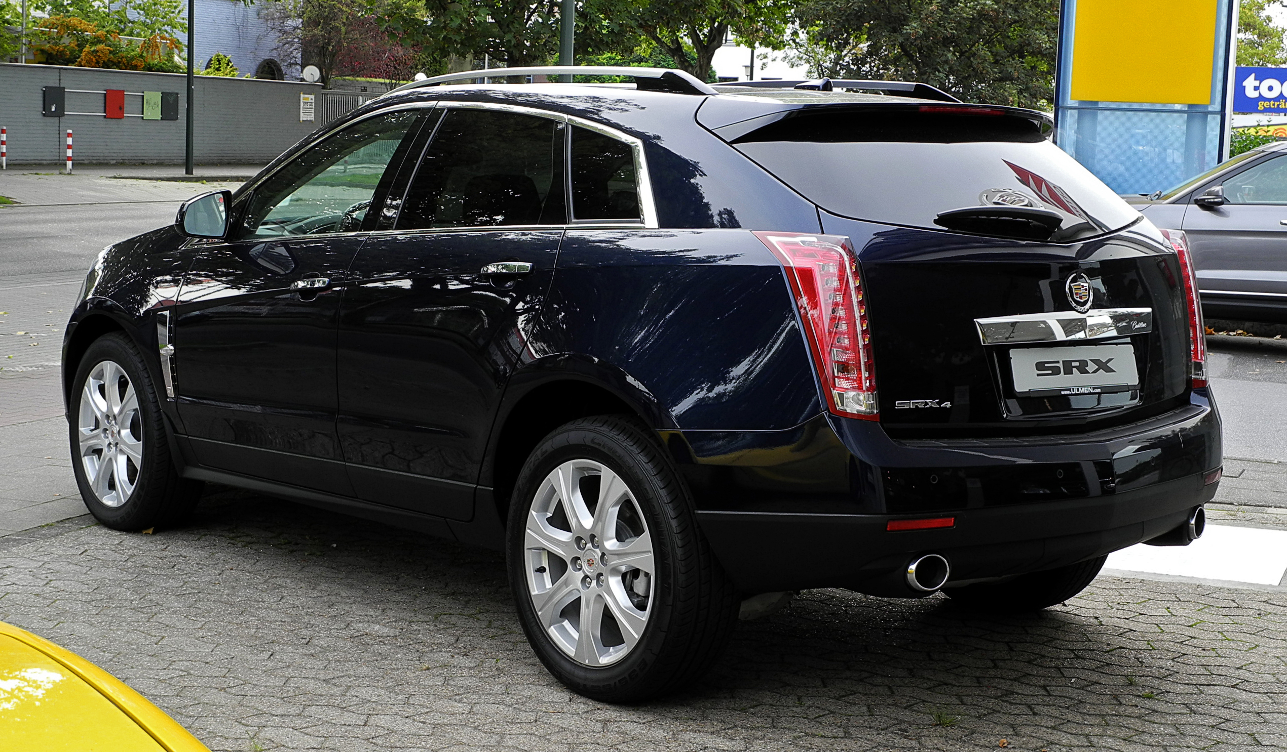 price bdeb cadillac autotrader trims reviews research options specs ca photos srx