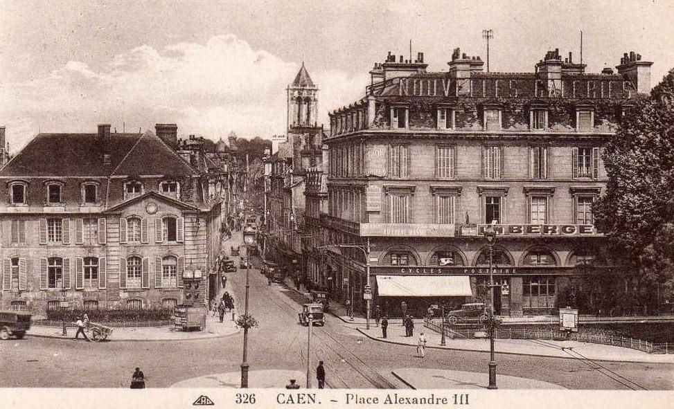 File caen ruesaintjean placealexandre3 wikimedia commons - Rue saint laurent caen ...