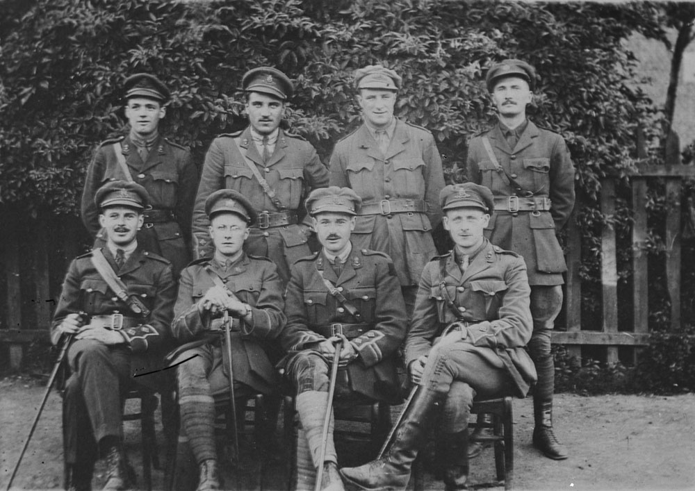 File:Canadian trench mortar officers in France WWI LAC