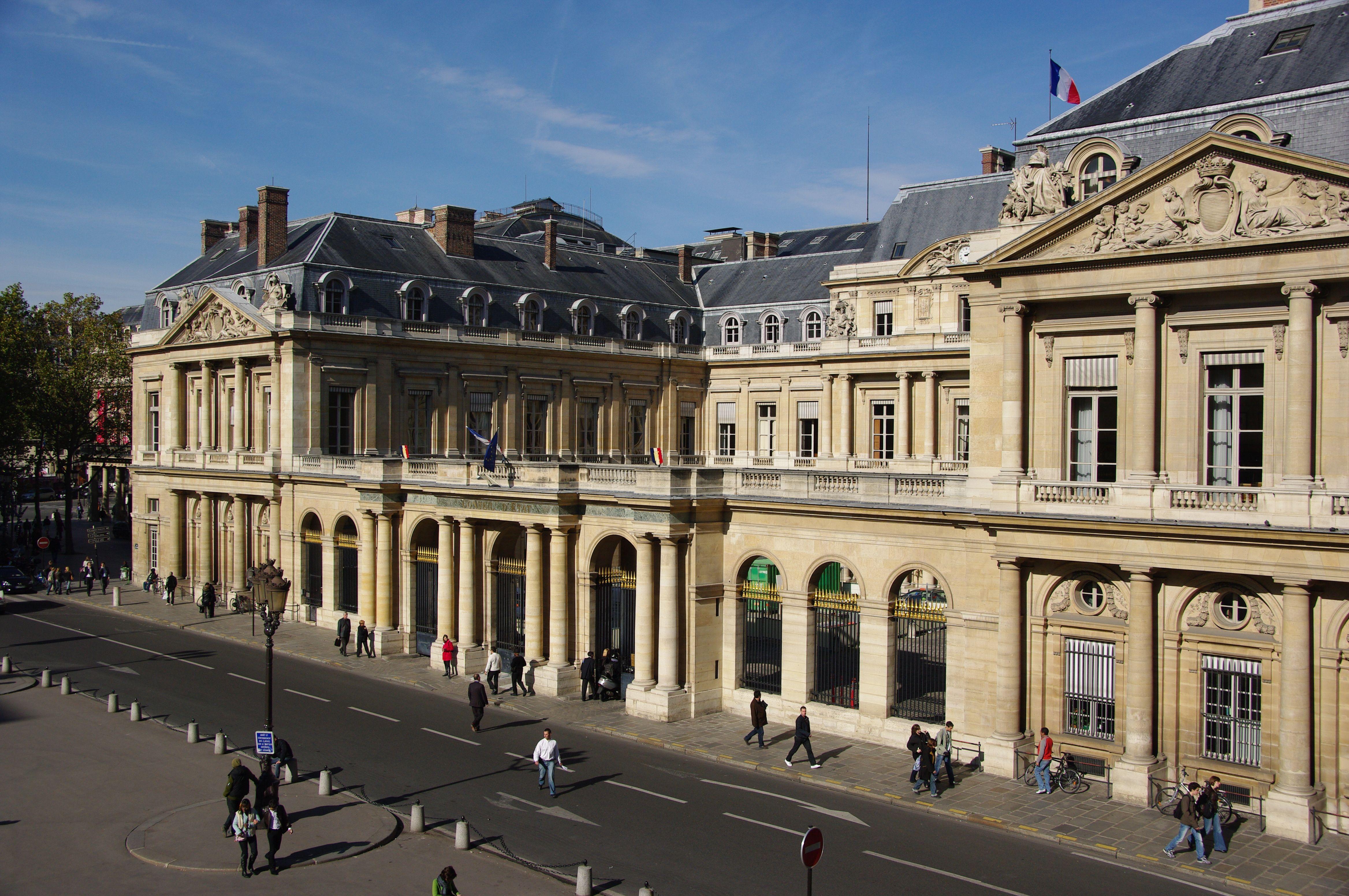 97cd86160b2b0a Palais-Royal — Wikipédia