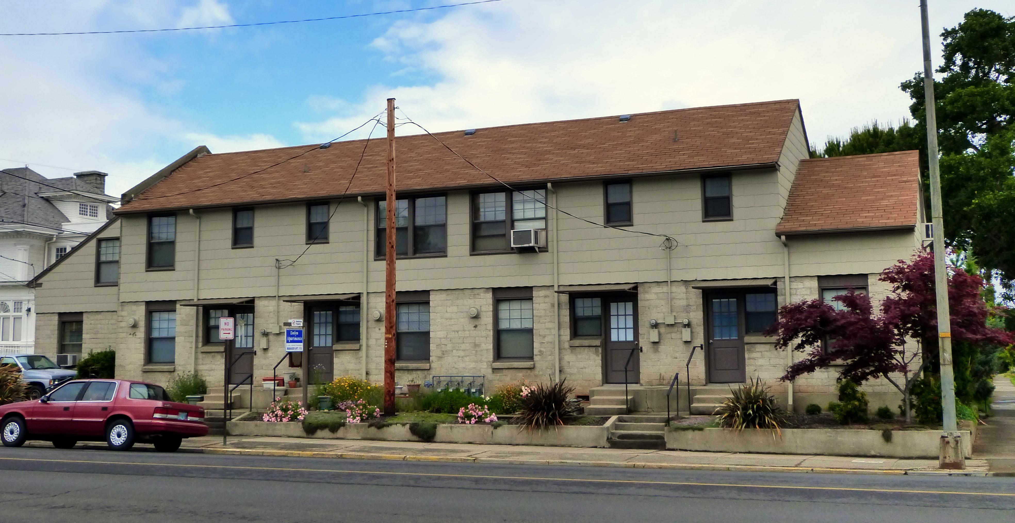 File Evelyn Apartments Medford Oregon Wikimedia mons