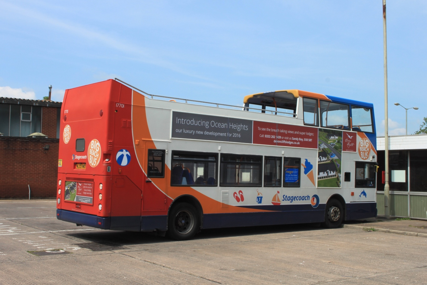 File:Exmouth Bus Station - Stagecoach 17701 (ML02RWO) rear.JPG