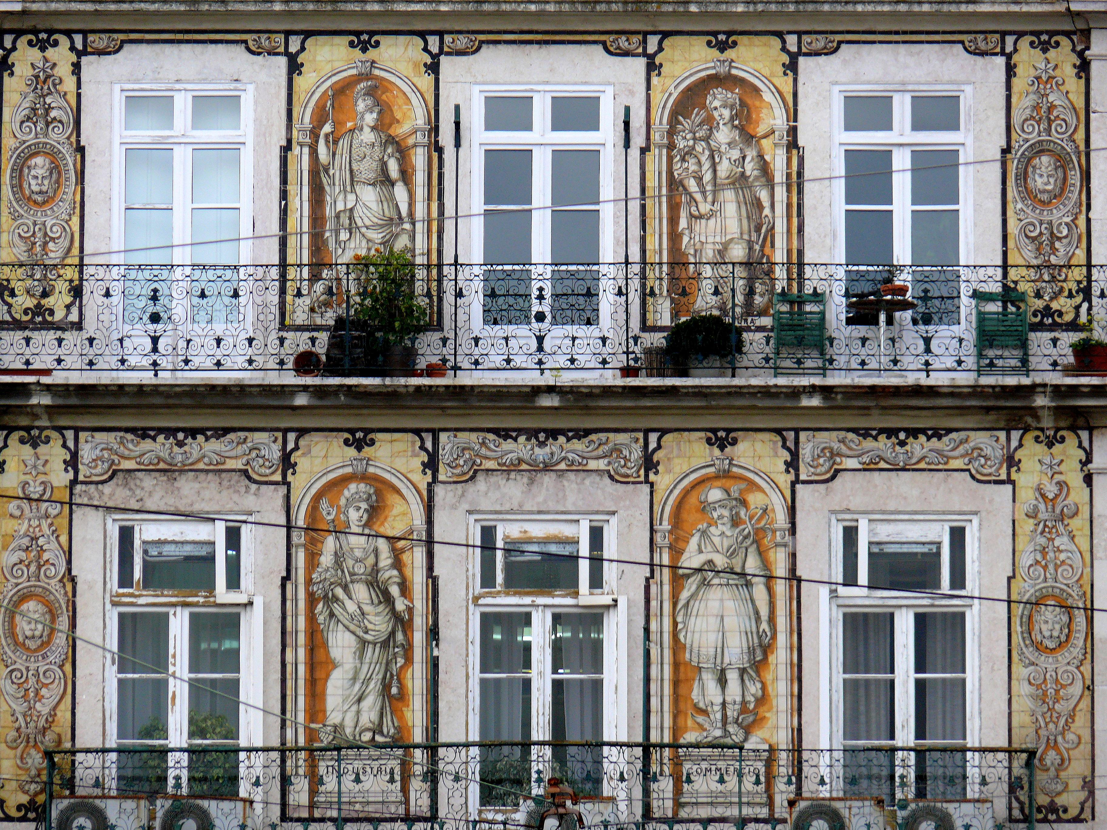 File fachada de azulejos wikimedia commons for Fachadas de casas con azulejo