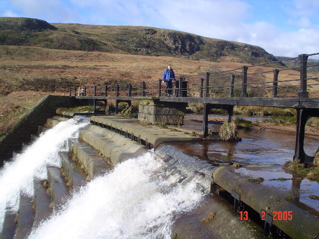 Footbridge over Crowden Beck. - geograph.org.uk - 93621