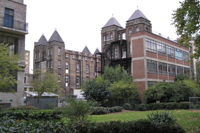 Former London Temperance Hospital - geograph.org.uk - 1548017