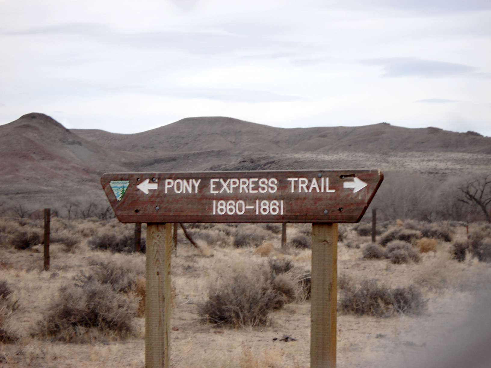 http://upload.wikimedia.org/wikipedia/commons/a/a3/Fort_Churchill_and_Sand_Springs_Toll_Road_Pony_Express_Sign.JPG