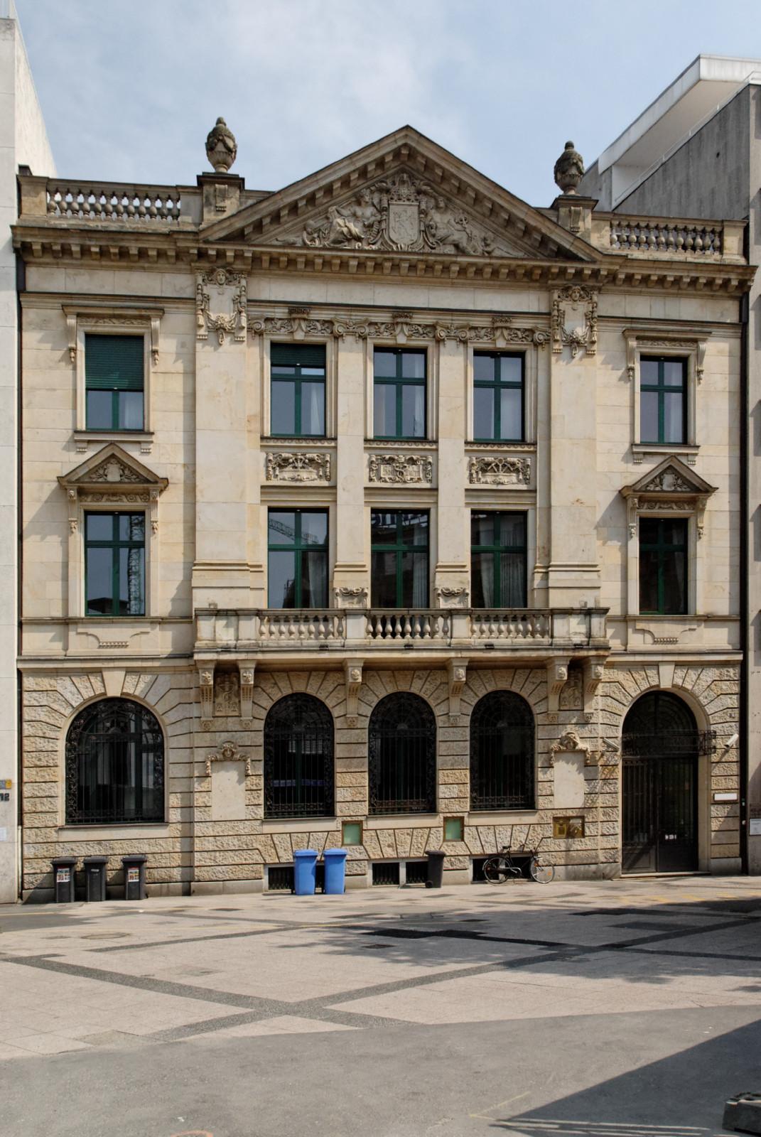 Haus der Universität Düsseldorf – Wikipedia